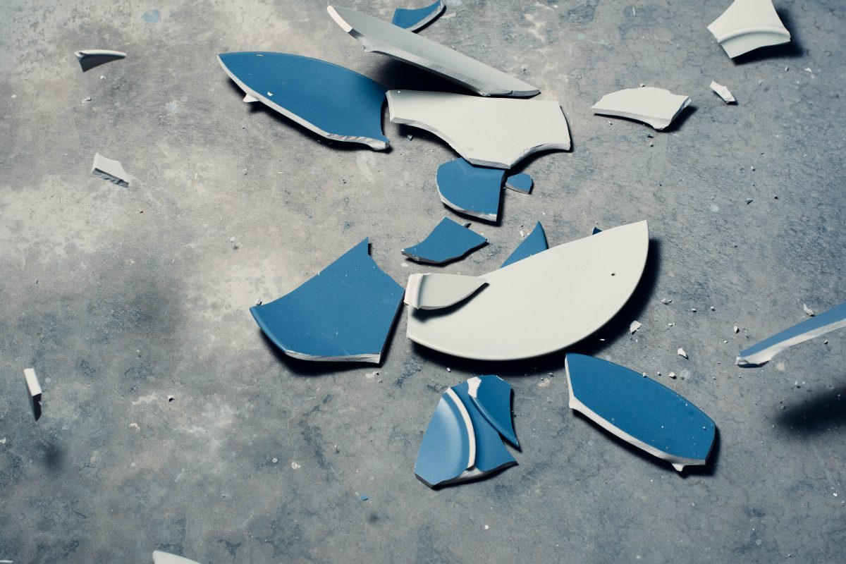 Smashed Plate | Jervis Bay Self Storage